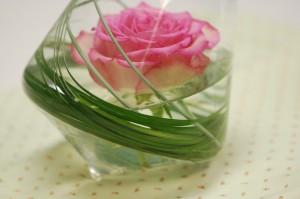 tippy vase